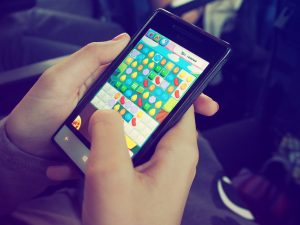 Candy Crush on the best cell phone gaming